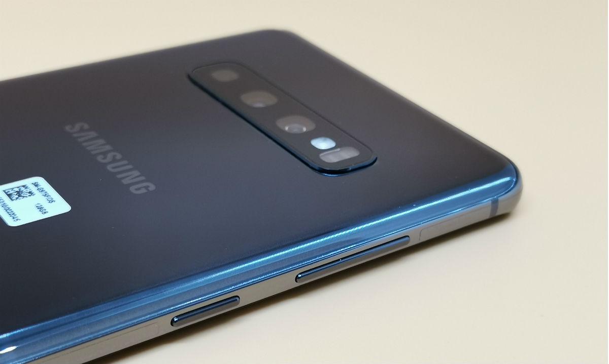 Обзор смартфона Samsung Galaxy S10+: Android еще не был таким дорогим