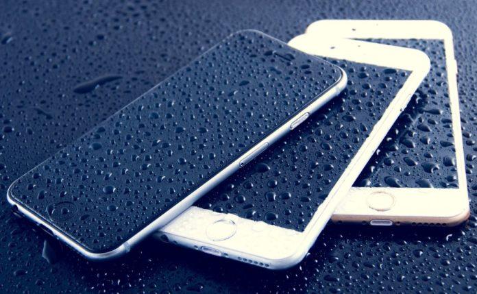 Спасение утопающих: починят ли по гарантии смартфон с IP68?