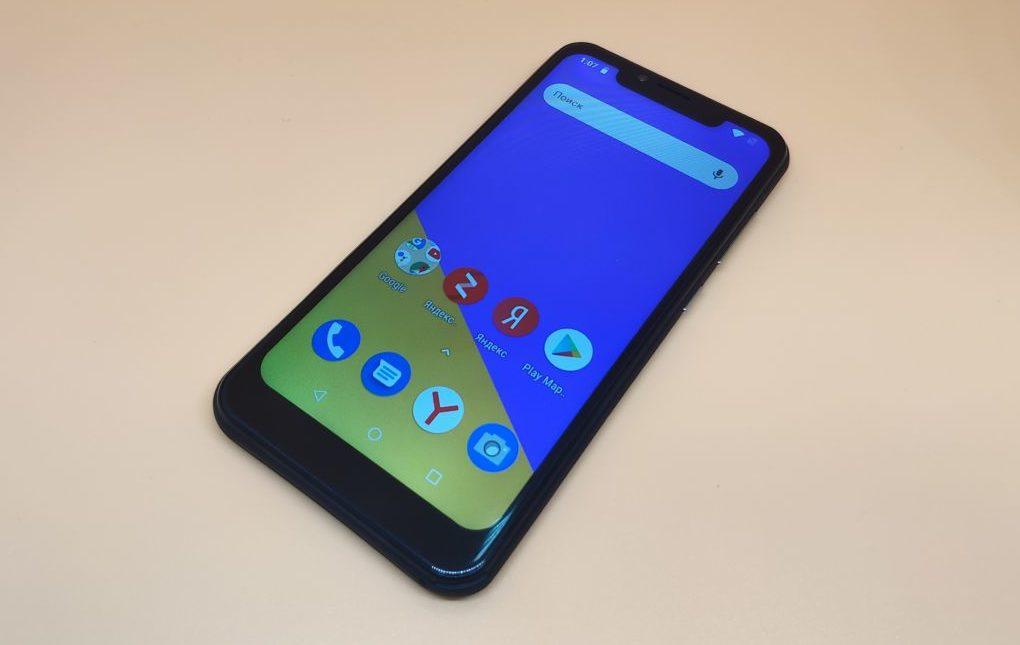 Обзор смартфона INOI 7i: большой экран недорого