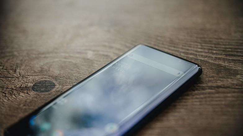 Тест и обзор OnePlus 7 Pro: топовый смартфон с крутой эксклюзивной функцией