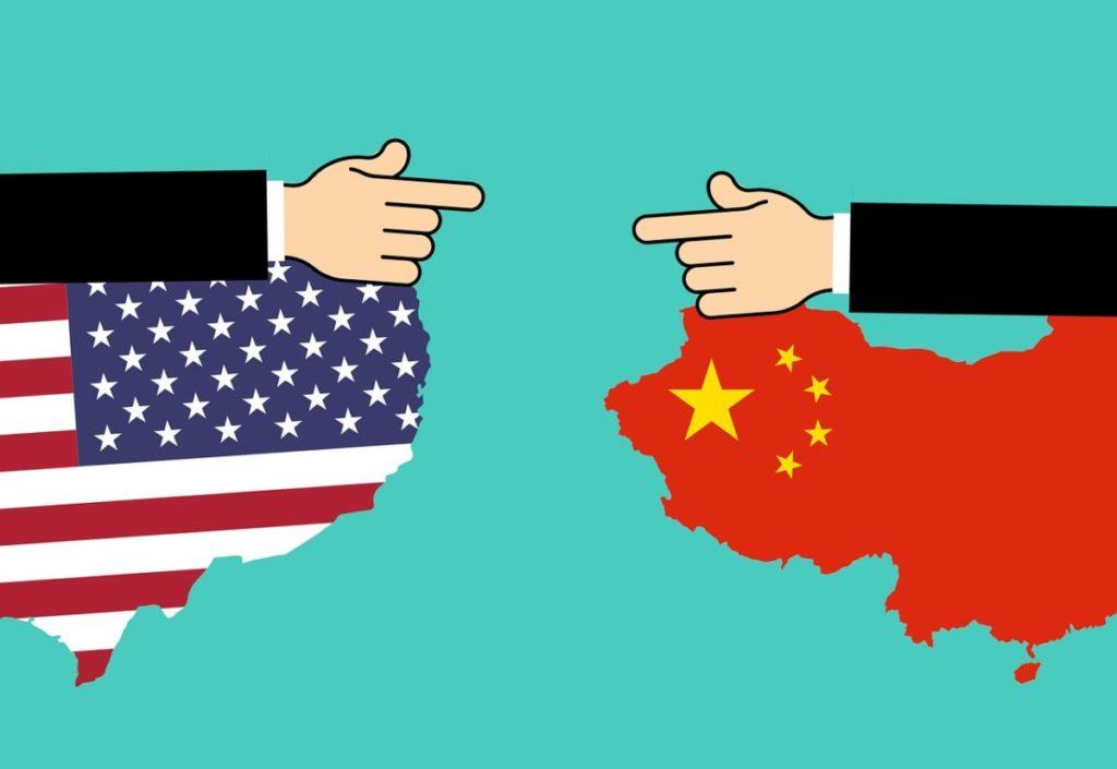 Крутые телевизоры уже в России, «убийцы» Xiaomi, торговая война США и Китая  — главные новости за неделю