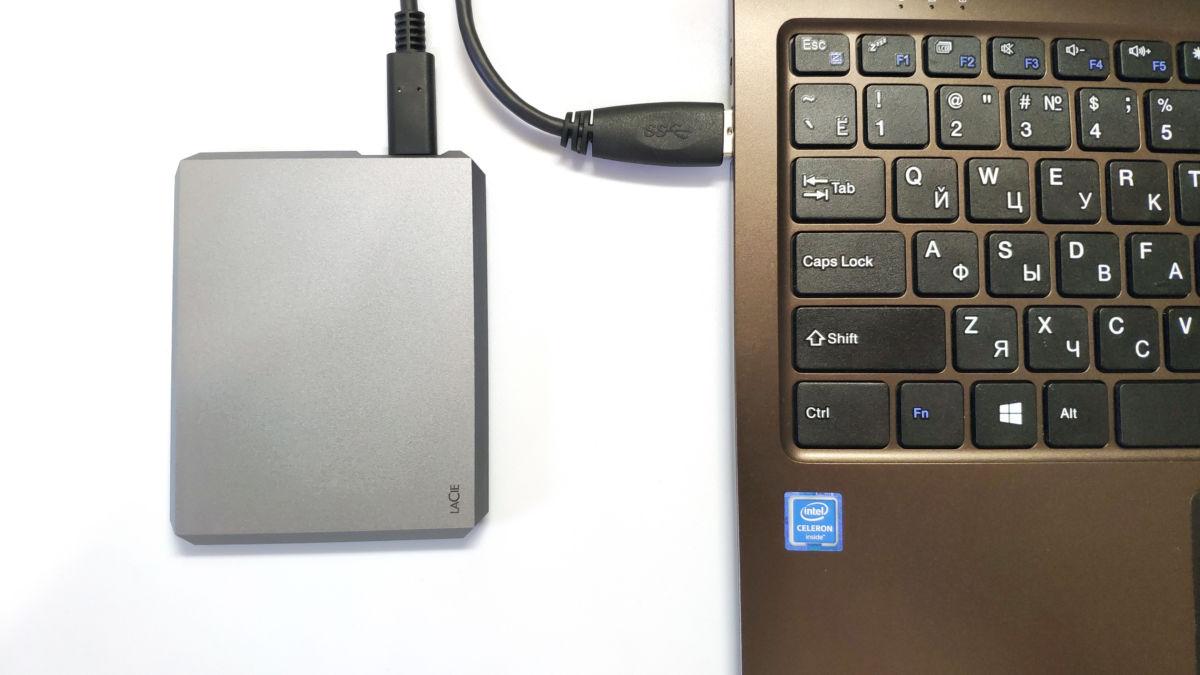 Тест портативного SSD LaCie 1TB: космическая скорость и инопланетный дизайн