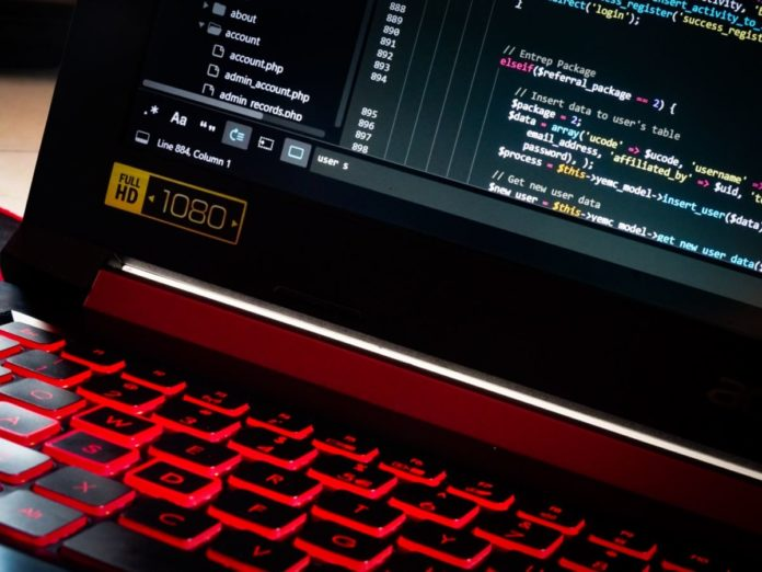 Более 450 000 e-mail и паролей россиян утекли в сеть из-за популярного онлайн-магазина