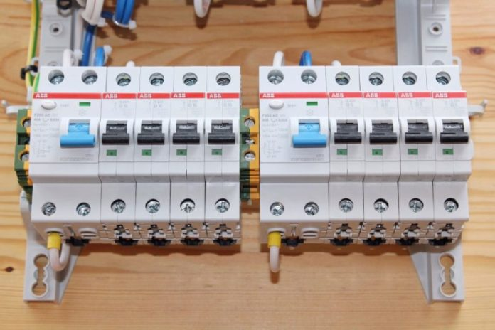 Ставим УЗО в квартире: как подобрать прибор по мощности?
