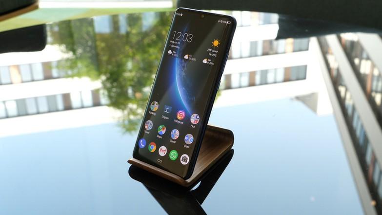 Тест смартфона ZTE Axon 10 Pro: еще один боец для топового сегмента