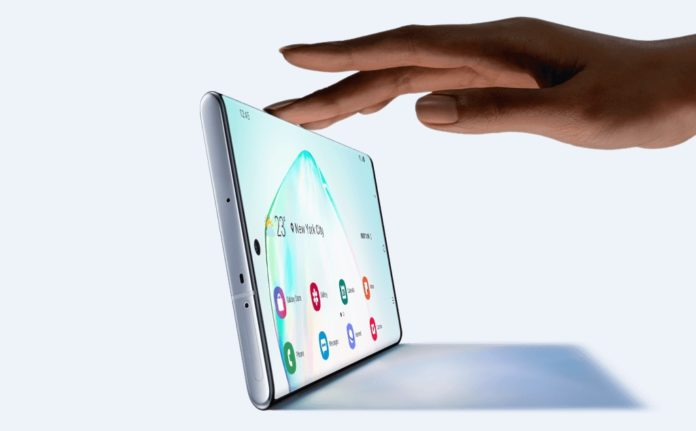 Samsung Galaxy Note 10+ унизил iPhone XS Max и другие флагманы в скорости зарядки