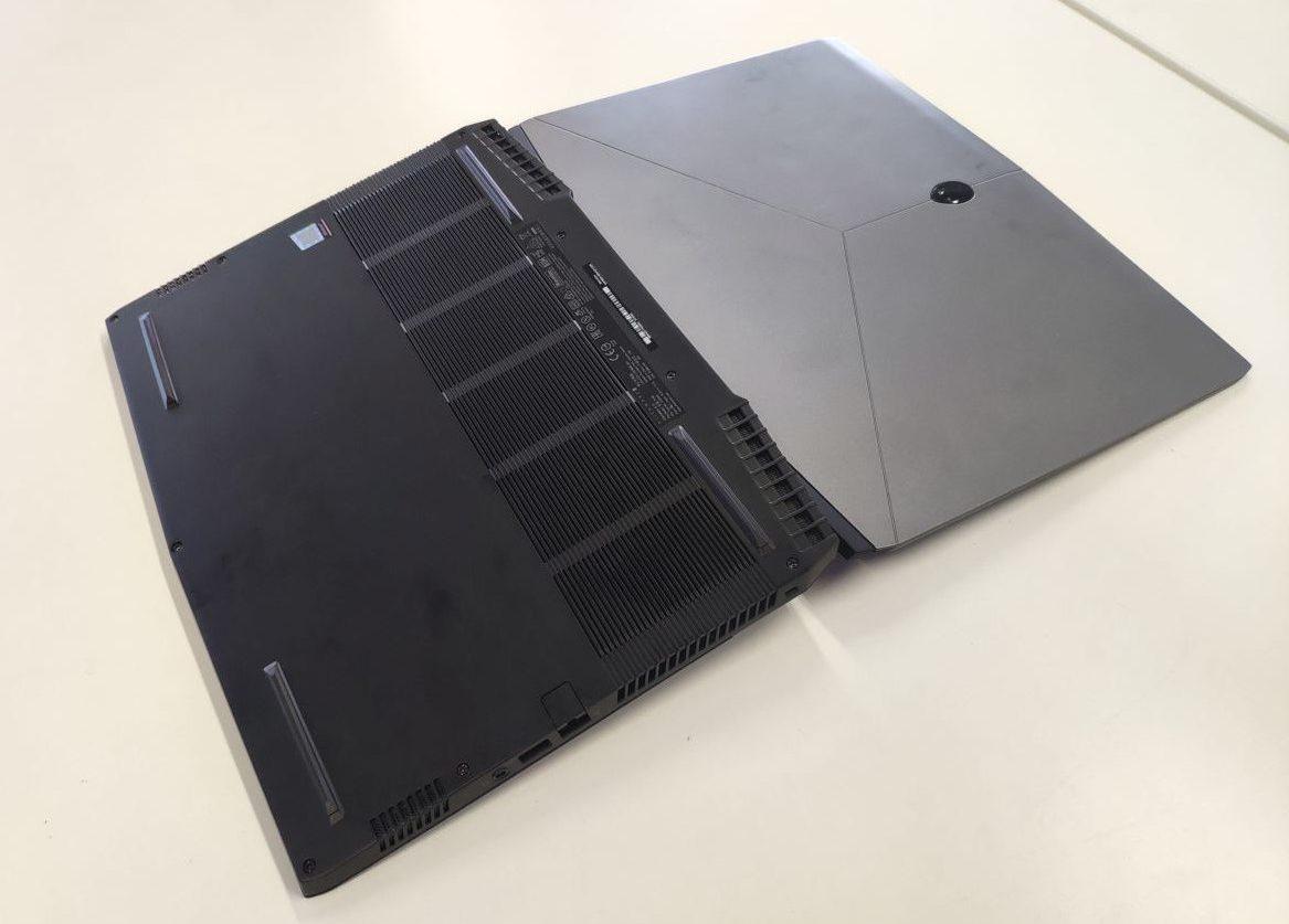 Что делать, если случайно залили ноутбук?