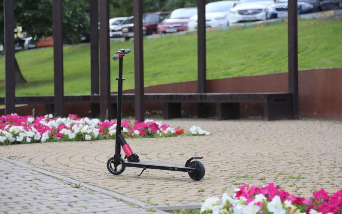 Неделя на колесах: тест электросамоката iconBIT Kick Scooter C60