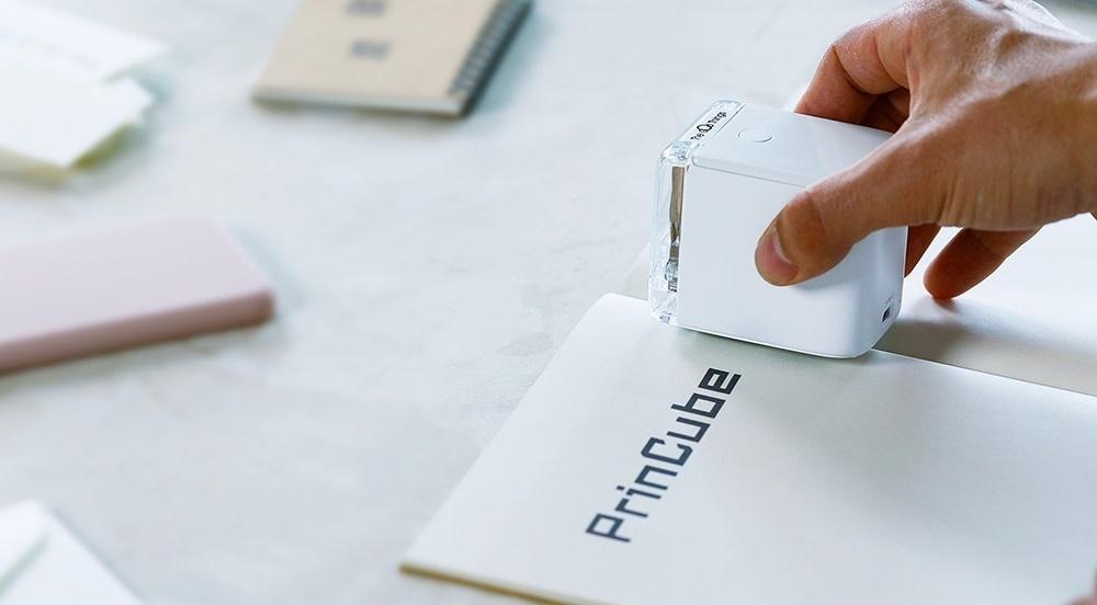 Представлен самый маленький в мире принтер: он помещается на ладони и позволяет печатать почти на любых поверхностях
