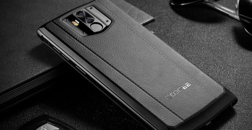 Тотальная ликвидация в М.Видео, самый дешевый флагманский 5G-смартфон, Galaxy A  захватывают мир и новые смартфоны с большими аккумуляторами — главные новости за неделю