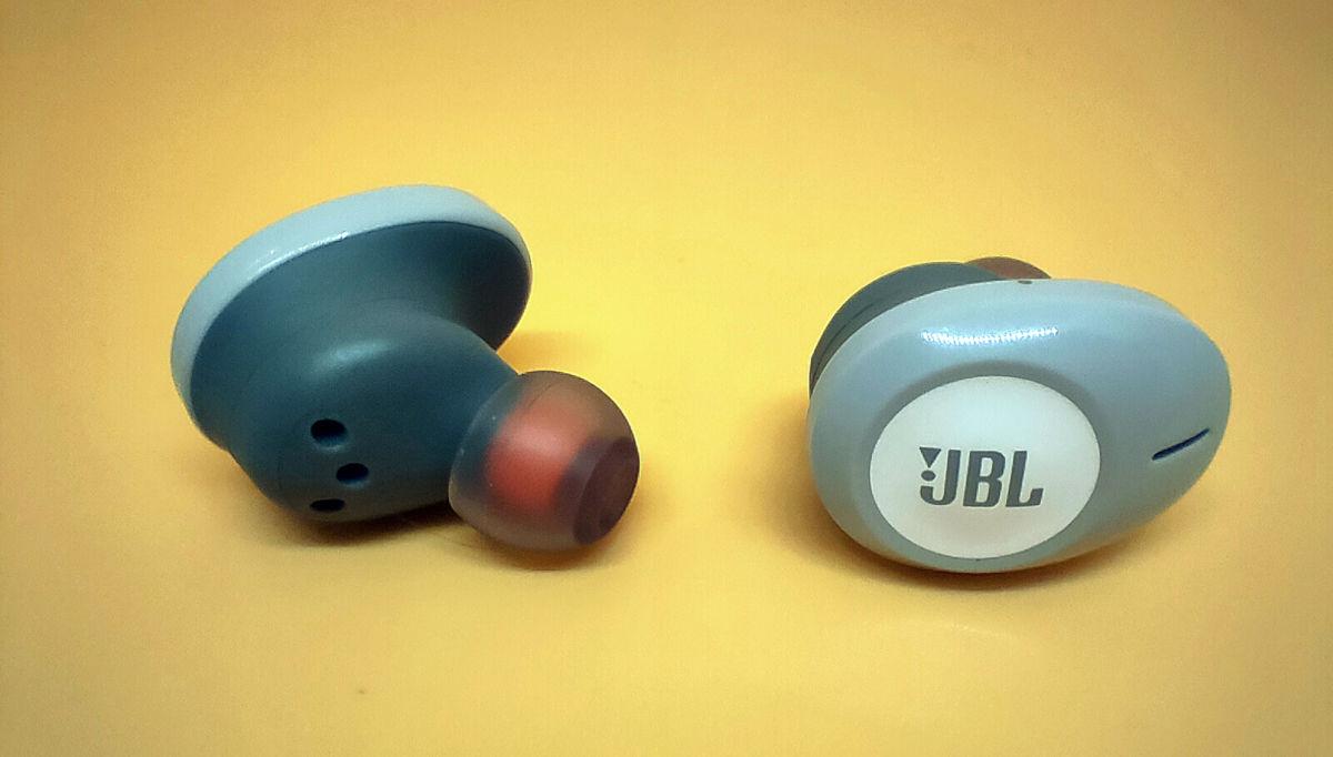 Обзор беспроводных наушников JBL TUNE 120TWS: почти как взрослые
