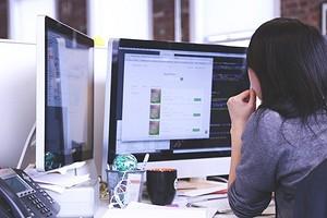 Мультимониторные системы: почему выгодно использовать несколько экранов?