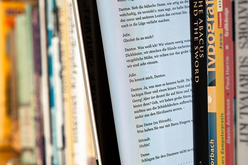 5 электронных книг, с которыми можно не только читать