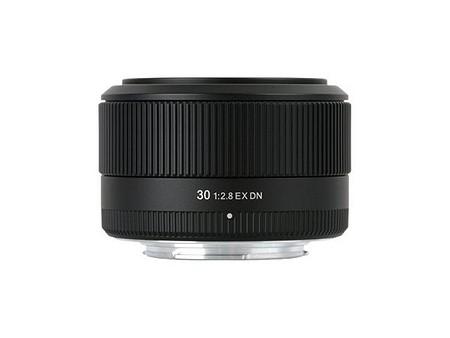 Sigma 30mm F2,8 DN (A)