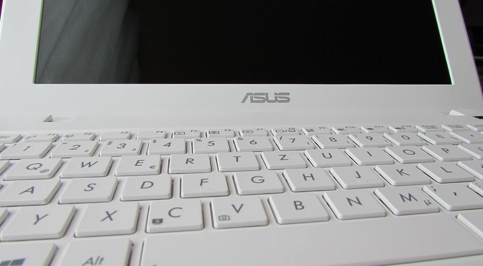 Как узнать модель своего ноутбука, даже если на нем нет наклеек
