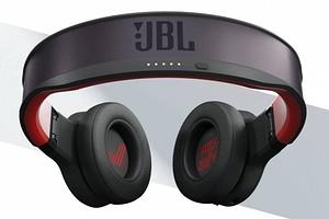 JBL представила беспроводные наушники, которые можно вообще не заряжать