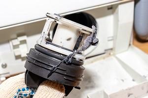 Как почистить сливной фильтр в стиральной машине: пошаговая инструкция