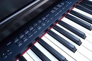 Как правильно выбрать синтезатор: советы CHIP