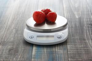 Кухонные электронные весы: 10 вариантов для всех и каждого