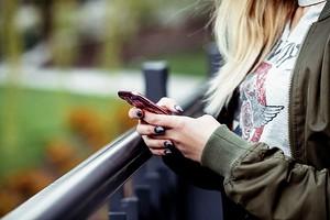 Как реально заработать в интернете, имея только смартфон?