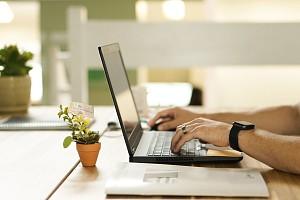 5 лучших ноутбуков с диагональю 15,6 дюйма стоимостью до 60 000 рублей