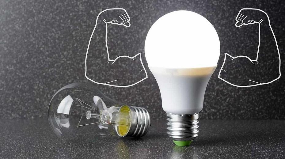 Считаем киловатты: какие энергосберегающие лампочки лучше для дома?   ichip.ru