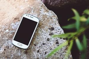 Подкаст CHIP: что делать, если потерял или забыл в кафе смартфон на Android?