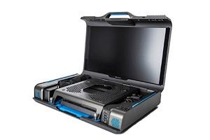 Представлен чемоданчик, воплощающий в реальность мечты любого стримера