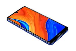 Начались российские продажи бюджетного китайского смартфона Huawei Y6s