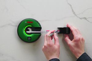 Bosch представил гибрид лазерного нивелира и рулетки Atino