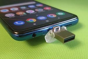 Флешка для смартфона: как она работает?