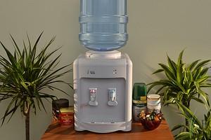 Рейтинг кулеров для воды: модели для офиса и дома