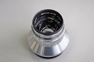 Производитель легендарных камер Зенит выпустил объектив для беззеркалок Sony