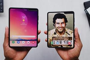 Смартфон от Эскобара оказался Samsung Galaxy Fold с золотой наклейкой... но при этом он стоит в 4,5 раза дешевле