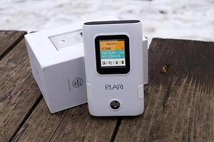 Тест и обзор портативного роутера ELARI Smart WiFi: один для всех, eSIM плюс повербанк