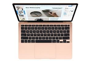 Новый MacBook Air подешевел и получил нормальную клавиатуру