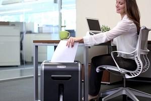 Как выбрать шредер для офиса: все нюансы и 5 лучших моделей