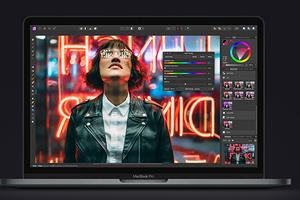 Apple представила новый 13-дюймовый ноутбук MacBook Pro. Наконец с нормальной клавиатурой!