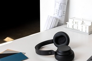 Microsoft представила накладные беспроводные наушники Surface Headphones 2