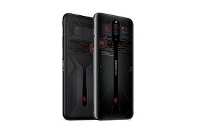 Nubia представила смартфон с прозрачной крышкой и 16 Гбайт оперативной памяти
