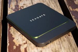 Тест внешнего накопителя Seagate BarraCuda Fast SSD: футуристический хранитель данных