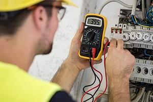 5 важных правил ПУЭ, которые электрики нарушают чаще всего