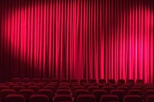 Xiaomi откроет в России бесплатный кинотеатр под открытым небом