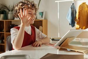 Гаджеты для учебы: какая техника нужна современному школьнику?