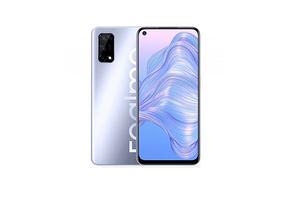 Смартфон Realme V5 выглядит как флагман, а стоит дешевле 16 000 рублей