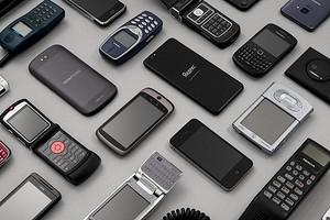 Nokia 3310 и другие динозавры: Яндекс открыл выставку легендарных телефонов