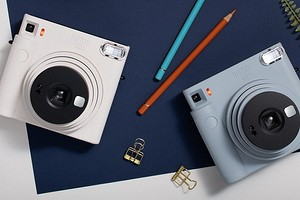 Обзор камеры моментальной печати Instax SQUARE SQ1