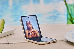Обзор смартфона Galaxy Z Flip3: раскладушка от Samsung
