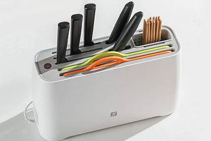 Xiaomi представила держатель для ножей и досок с функциями сушки и стерилизации
