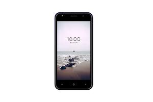 Российский производитель представил компактный смартфон всего за 4190 рублей